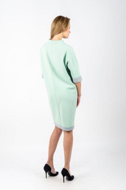 Žalsva moteriška suknelė