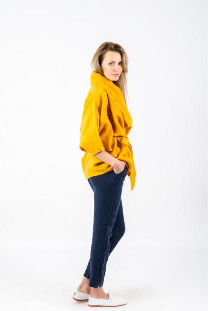 Geltonas moteriškas švarkas