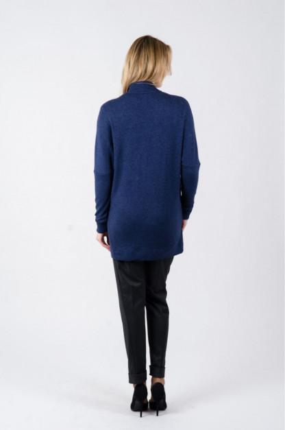 Mot. megztinis