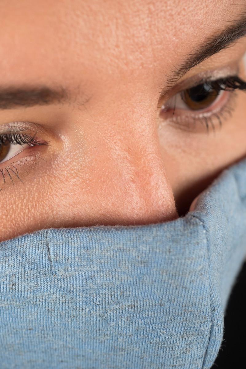 Trisluoksnė veido kaukė KANABO