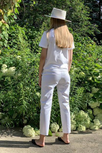 Balta Mot.kelnės